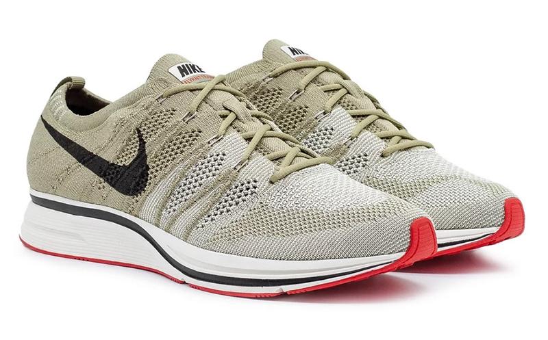 Nike Flyknit Trainer (Neutral Olive _ Velvet Brown)2