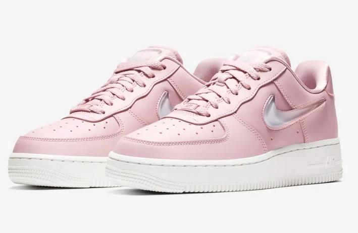 Nike Air Force 1 '07 SE Premium2